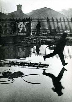 Credit: Henri Cartier-Bresson/Galerie Johannes Faber Behind Gare Saint-Lazare, 1932