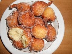 Sfinci di pasta - dolce siciliano. Looked everywhere for this! My great-aunt used to make these with cinnamon and sugar. Basically, weirdly shaped fried donuts- kinda.
