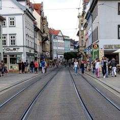 Straßen von Erfurt, Straßenbahn & Co Alexa Chung, The Good Place, Travel Destinations, Germany, Wanderlust, Street View, Photo And Video, Nice, Places