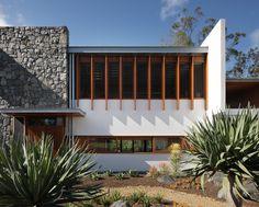 51e75ffde8e44e69e8000059_one-wybelenna-shaun-lockyer-architects_brookfieldhouse_011.jpg (2000×1609)
