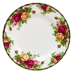 Royal Albert Old Country Roses Bread and Butter Plate Royal Albert (need 4 plates) Antique China, Vintage China, Country Kitchen Shelves, Dining Plates, 22 Carat Gold, China Tea Sets, China Patterns, Royal Albert, Fine China