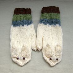 Rabbit mittens in white blue green and brown for by SaijaSkills, €21.00