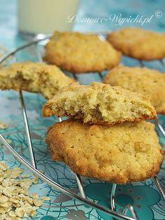 Ciasteczka są proste, lekkie, kruche, nie za słodkie i szybkie w wykonaniu.