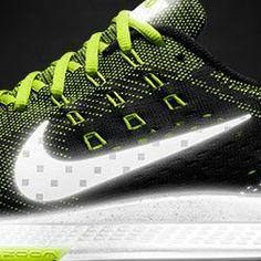 82b62a8fe765 Nike Air Zoom Structure 18 Flash iD Running Shoe. Nike Store Nike Store