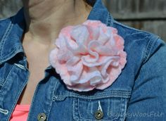 Handmade wet felted brooch.Gift for by BeautyWoolFelt on Etsy