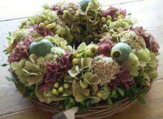 7.9 krans gemaakt Deco Floral, Daily Journal, Succulents, Wreaths, Decoration, Flowers, Plants, Beauty, House