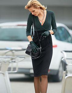 Kleid in der Farbe smaragdgrün / schwarz - Größen 46/40/34/38/44/42/36 im Madeleine Mode Onlineshop