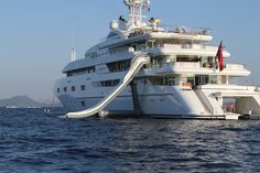 Yachts - I want this yacht with all its toys :o)