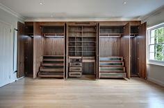 Smokus Carpentry built in wardrobe