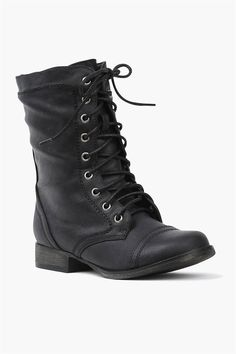 The Georgia Boot Sexy Boots, Shoes Heels Boots, Black Boots, Heeled Boots, Fashion Now, Fashion Shoes, Biker Fashion, Georgia Boots, Biker Style