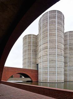 Louis Kahn, National Assembly in Dacca, Bangladesh . India 1962