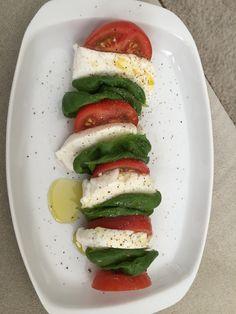 Eén van onze favorieten: salade caprese.