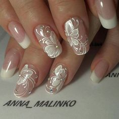 Wedding Nails Art Unghie Sposa Ideas For 2019 Nail Art Designs 2016, Flower Nail Designs, Nail Designs Spring, Cute Nail Designs, Cute Nails, Pretty Nails, Bridal Nail Art, Bride Nails, Floral Nail Art