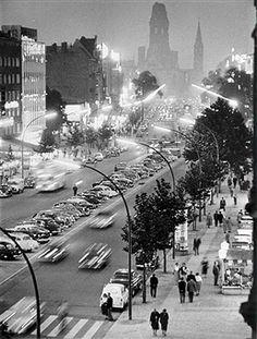 Germany, Berlin Kurfuerstendamm and Kaiser-Wilhelm-Gedaechtniskirche at night. 1955