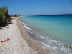 Whether you want to venture into history, enjoy some laid back beach time, buzzing nightlife, or dive into crystal-clear waters, Rhodes has it. Ixia Rhodes, Rhodes Beaches, Travel Destinations Beach, Crystal Clear Water, Greek Islands, Beach Trip, Beautiful Beaches, Night Life, Rhodes