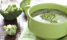 Proměňte obyčejnou brokolici v úžasnou jemnou brokolicovou polévku. tescorecepty.cz - čerstvá inspirace.