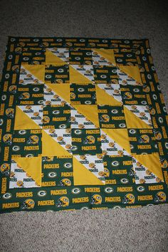 Sports Team Quilt Sizes & Prices 4 X 6 Crib $125.00 5 X 7 Toddler $150.00 6 X 6 Throw $165.00 7 X 10 Lap $200.00 8 X 11 Twin $250.00 11 X 13 Queen $350.00 13 X 13 King $450.00 120X120 King $650.00 You send me your team and I will have it ready to ship usually in four weeks. Please