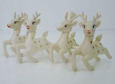 Set of 4 Vintage Kitsch White Plastic Reindeer Deer Christmas Decorations