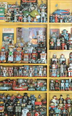 Everyone loves robots. Vintage tin toy robot collection.