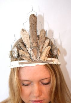 driftwood and wire tiara: OK this is waay chunkier than I want, but I like the idea of a chickenwire (or similar) base
