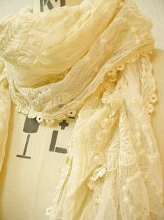 Lace Scarf ~ Soft Yellow