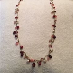 Shades of Pink Necklace HP ⚡️ PRICE FIRM UNLESS BUNDLED⚡️Gorgeous all shades of pink necklace! Light and dark pinks and pearls on gold necklace. 16 in long. Host Pick Best in Jewelry and Accessories @jinteglia visit my PFF's closet Jewelry Necklaces