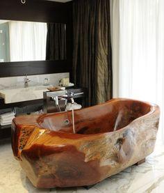 Wood Bathtub. OMG.