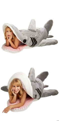 Not only does an amazing shark look like a sleeping bag, it works on . : Not only does an amazing shark look like a sleeping bag, it also works as a body …, Best Christmas Gifts, Holiday Gifts, Christmas Presents, Shark Bait, Shark Shark, Ideas Hogar, Vacuum Bags, Shark Week, Holiday Gift Guide