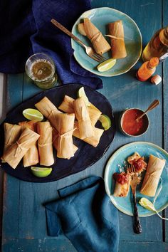 Chicken Tamales with Ranchero Sauce - Lightened Up Slow-Cooker Recipes - Southernliving. Recipe: Chicken Tamales with Ranchero Sauce Forming the tamales is part of the fun. Make it a family activity with an assembly line—one person filling, another folding, and a third tying. This recipe uses lard, which has less saturated fat than butter.