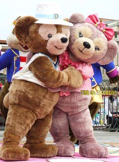 Duffy and Shelly Mae  WHY IS SHE NOT IS DISNEY WORLD???? I WANT HER!