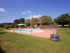 Villa with private pool, air conditioning at from Orvieto/Spoleto, Tod - Avigliano Umbro Baseball Field, Golf Courses, Dolores Park, Villa, Sports, Travel, Alternative, Hs Sports, Viajes