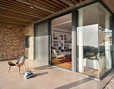 La Boheme: Alroy Hazak Architecture