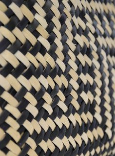 At the moment I'm interested in basing the concept of the underlying typeface on the tukutuku framework or panels. tukutuku panels are important features of wharenui holding important storytelling in. Maori Art, Textiles, Wooden Slats, Leather Weaving, Diamond Shapes, Swirls, Projects To Try, Pattern, Toss Pillows