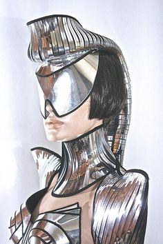 Futuristic ponytail mohawk cyborg goggles sci fi headdress cyber eyewear mask goggles daft punk mask divamp couture - Goggle - Ideas of Goggle - futuristic ponytail mohawk cyborg goggles sci fi by divamp Daft Punk, Space Fashion, Look Fashion, Fashion Art, Fashion Design, High Fashion, Futuristic Costume, Cyborg Costume, Futuristic Robot