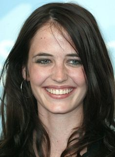 Eva green, the charming french actress who rose to prominence with her stand-out roles in international hits like kingdom of heaven and casino royale, Eva Green James Bond, 35 Year Old Woman, Actress Eva Green, She Looks So Perfect, Seigner, Green Makeup, French Actress, Without Makeup, Natural Face