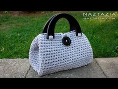 DIY Tutorial - Crochet Easy Casual Friday Handbag with Lining - Lined Purse Bag Bolsa - YouTube