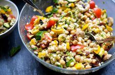 Vegetable Zatar Salad (Lemon, Chickpeas, Wheat Berries, Zucchini, Tomatoes, Mushrooms, Raisins, Spring Onion, Mint, Feta) | healthinspirations.net