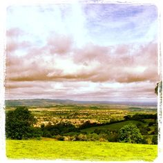 Hilltop view of the village of Broadway in the UK.