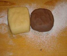 Linzer tészta alaprecept Cake Recipes, Dessert Recipes, Hungarian Recipes, Hungarian Food, Bakery Design, No Bake Desserts, No Bake Cake, Food And Drink, Cooking Recipes