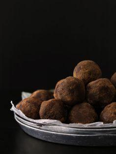 Salted caramel whiskey truffles