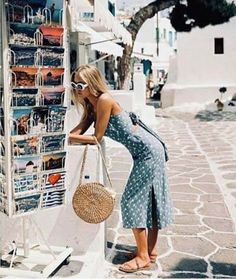 waiting for summer like Greece outfit Vacation Outfits, Summer Outfits, Cute Outfits, Summer Dresses, Europe Outfits, Moda Outfits, Italy Outfits, Amazing Outfits, Vacation Style
