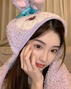 Pretty Korean Girls, Cute Korean Girl, Asian Girl, Cool Girl Pictures, Girl Photos, Ulzzang Girl Selca, Beautiful Girl Facebook, Filipina Girls, Korean Girl Photo