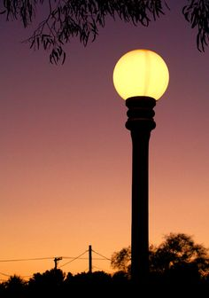 Street Lamp - easy to make with cardboard tubes and balloons