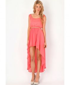 Pink asymmetrical dresses for the bridesmaids!