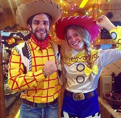 Thomas Rhett and Lauren lookin adorable More