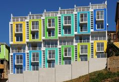 The bright colors instantly drew me in to these very modern lofts in Chile. I came across this very cool series of lofts via ArchDaily. Exterior Color Combinations, Exterior Colors, Colour Architecture, Contemporary Architecture, Colourful Buildings, Colorful Houses, House Colors, House Design, Japanese Modern