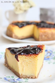 Cheesecake con mermelada de arándanos