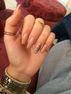 #nails #fashion #style #nude #design