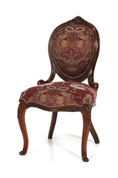 商品IDCE2-119955 商品名アンティーク サロンチェア 輸入国イギリス 年代1900 材質ウォールナット サイズ横幅:480 奥行:580 高さ:880mm(座面まで450) 重さ:7.5kg 業販価格¥79,800 (¥86,184 税込)  Products ID CE2-119955 Product Name antique salon chair Importing countries United Kingdom Year 1900 Material Walnut Size Width: 480 Depth: 580 height: 880mm (up to the seat surface 450) Weight: 7.5kg Industry sales price ¥ 79,800 (¥ 86,184 including tax)   ウィリアム・モリスのファブリックが素敵なイギリスアンティークのサロンチェア。品格ある雰囲気の椅子です