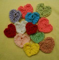 Little Loom-knit Hearts ~ Designed for the 12-peg Knifty Knitter Flower Loom. #LoomKnitting